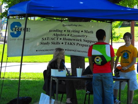 Home / Earth Day 2010 / Vendors | Just another Piwigo gallery